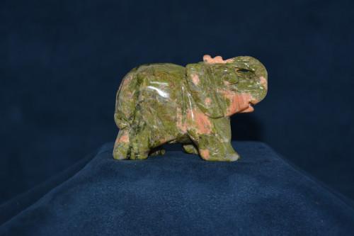 Слон из яшмы - цена 840.00р.